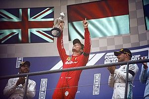 Pódio da F1 tem clima de tristeza e homenagens a Hubert