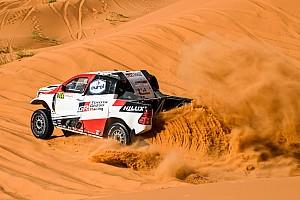 El último test de Alonso previo al Dakar: Abu Dhabi y muchas dunas
