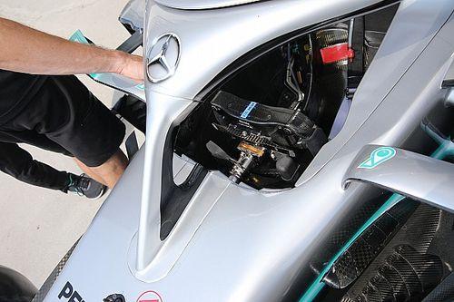 Hamilton Vettel kuplungjára vált
