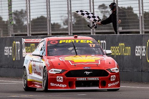 The Bend Supercars: McLaughlin equals Lowndes win record