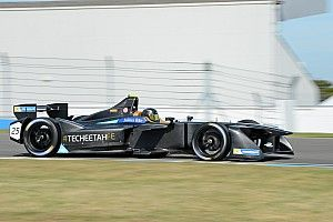 Vergne lowers lap record on penultimate Formula E test day