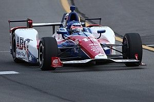 インディカーポコノ:佐藤琢磨が予選3番手を獲得。アレシンが初PPを獲得