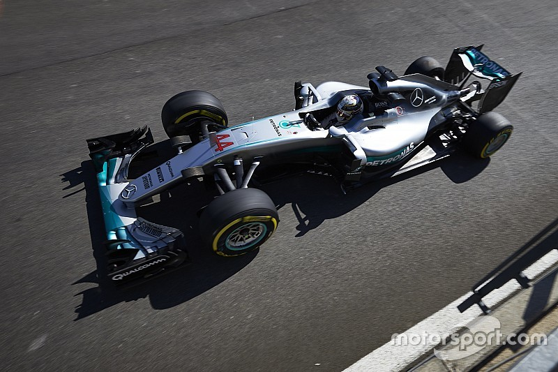 Hamilton will start from grid after wrong FIA ruling