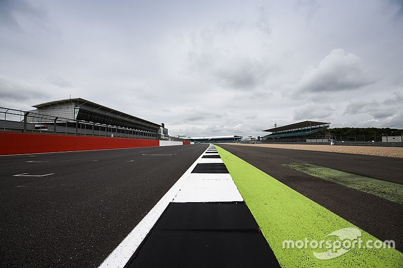 Silverstone reageert op track limits-discussie: meer grindbakken