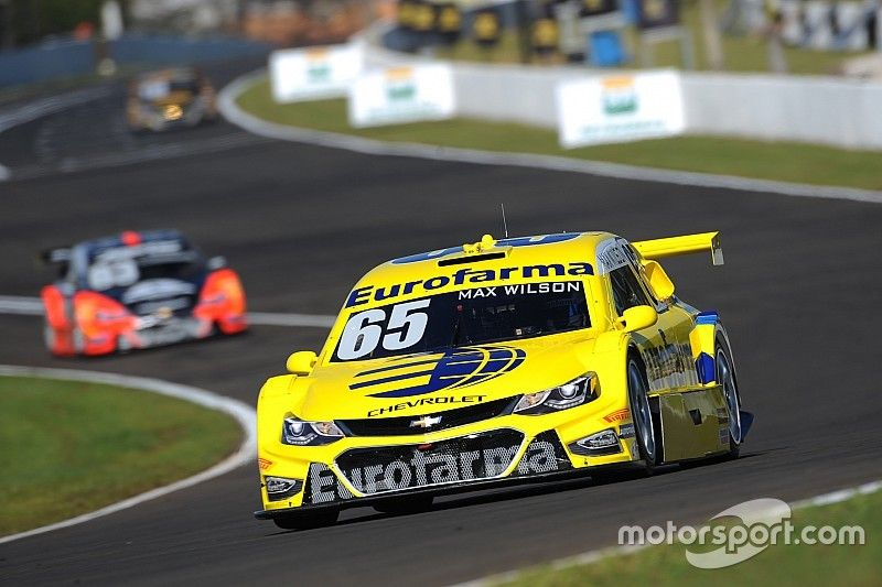 Brazilian V8 Stock Cars: Max Wilson clinches pole position after fierce fight