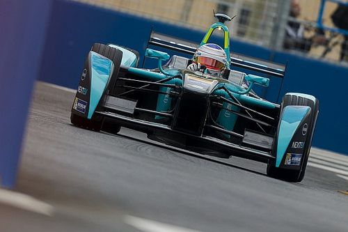 Berlin ePrix: Piquet tops FP2 as Buemi and Sarrazin crash