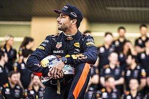 "Ricciardo admits ""a lot at stake"" in next F1 contract decision"
