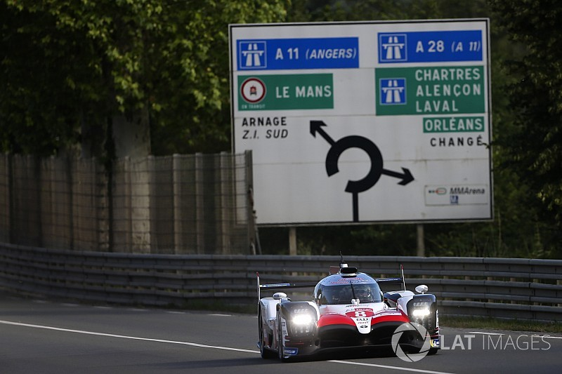 Le Mans Test: Alonso houdt Toyota op kop