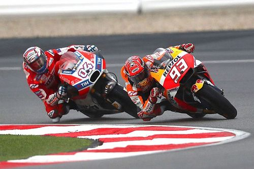 Márquez ya ganó dos títulos en Valencia y Dovizioso perdió uno