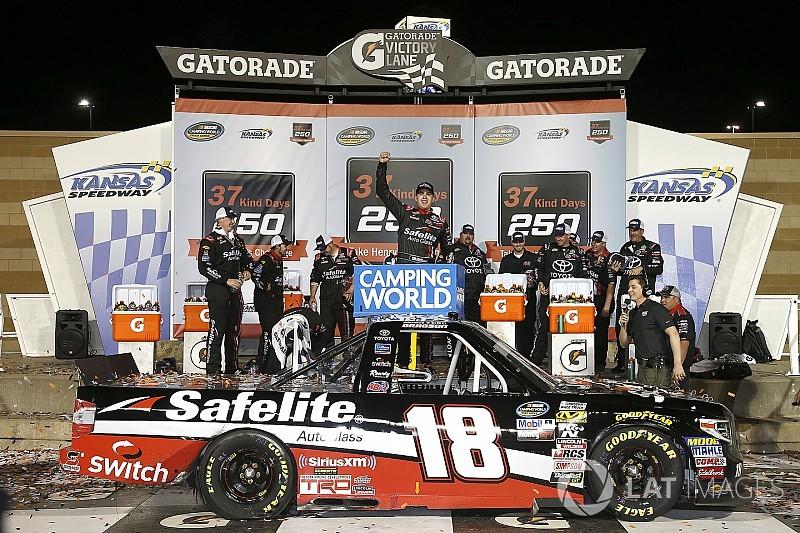 Noah Gragson beats Kyle Busch for NASCAR Truck win at Kansas