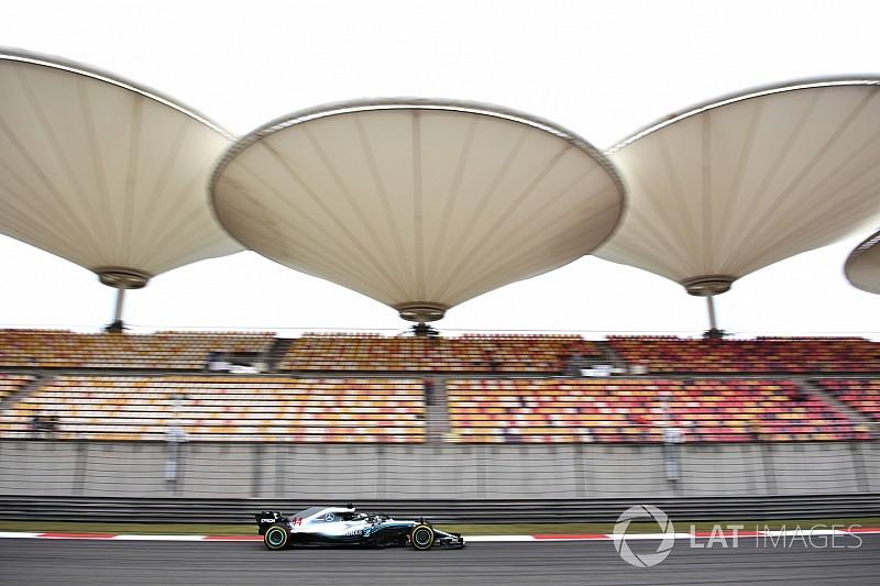 Hamilton lidera la primera práctica