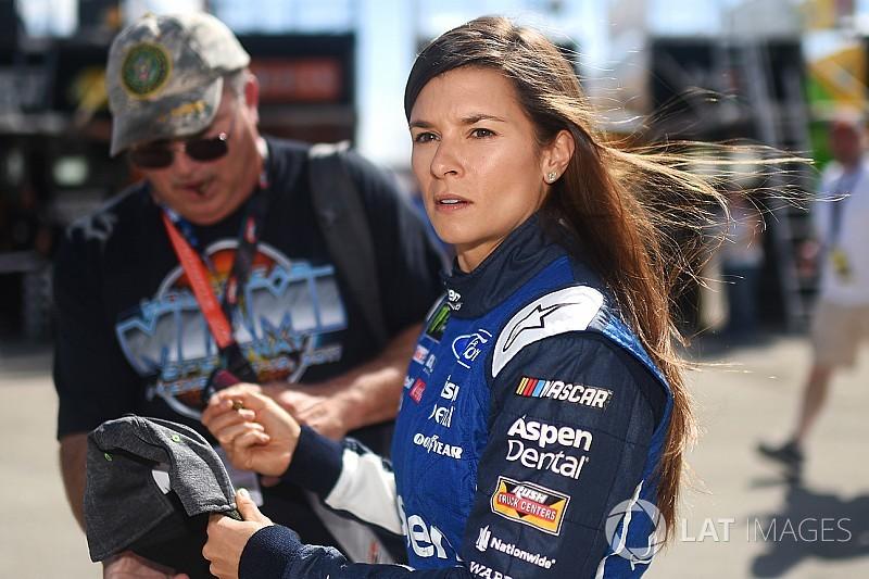 Danica Patrick chiude col botto: farà Daytona 500 e Indy 500 nel 2018