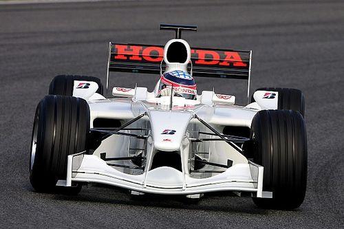 Aukción kínálnak egy 2006-os F1-es Super Agurit, szimulátornak átalakítva