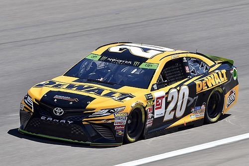 Erik Jones gana la primera pole de playoffs en Las Vegas