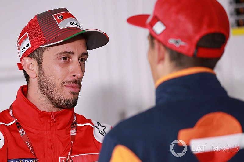 Dovizioso snelste in VT1 op Misano, Marquez en Rossi buiten top-tien