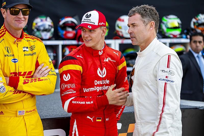 Mick Schumacher 2019-ben az Alfa Romeo és a Ferrari F1-es gépével is tesztelhet?!