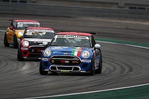 In Gara 2 del Mini Challenge a Monza arriva la risposta del campione in carica Sandrucci
