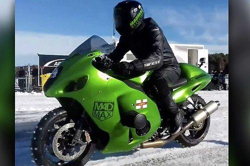 Watch Zef Eisenberg Reach 176 Miles Per Hour On Ice