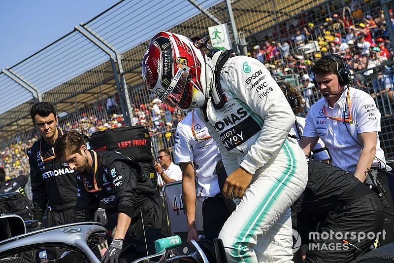 """Geen zorgen bij Hamilton om Verstappen: """"Hield hem eenvoudig achter me"""""""