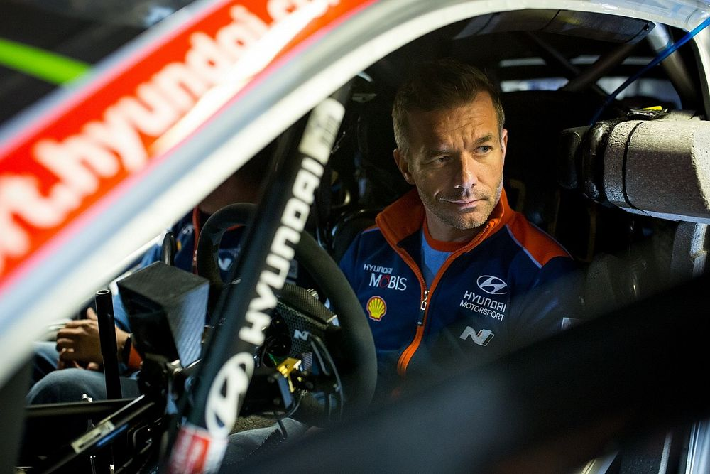 Loeb Akui Sulit Tolak Godaan Mobil Hibrida Baru WRC