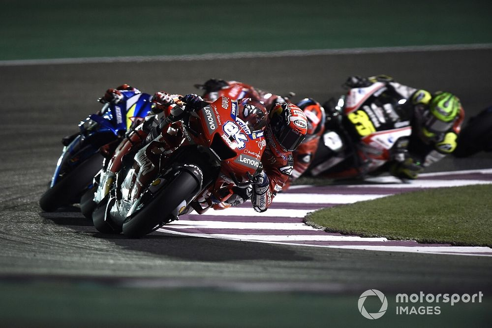 MotoGP 2021: doppia gara in Qatar. USA e Argentina rinviate