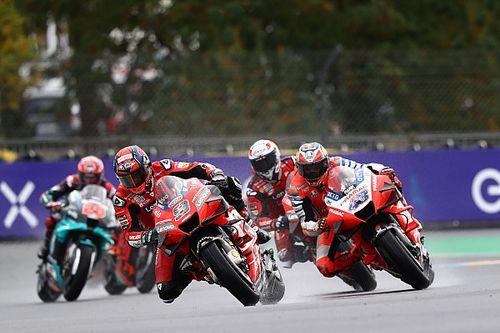 Course - Petrucci et Márquez surnagent sur piste humide, Quartararo galère