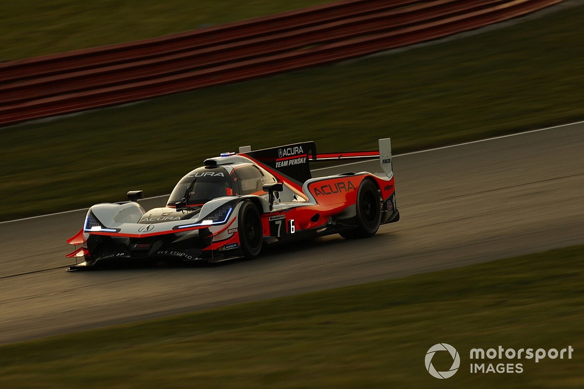 Petit Le Mans: Two top contenders knocked back at half distance