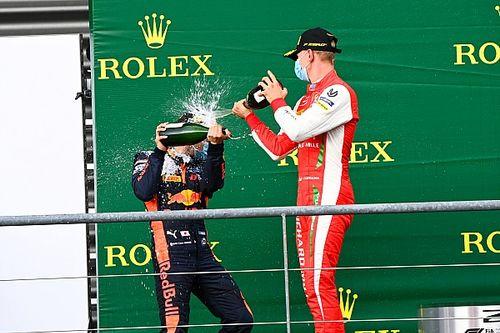 """Carlin: """"Tsunoda, Schumacher'den daha hızlı"""""""