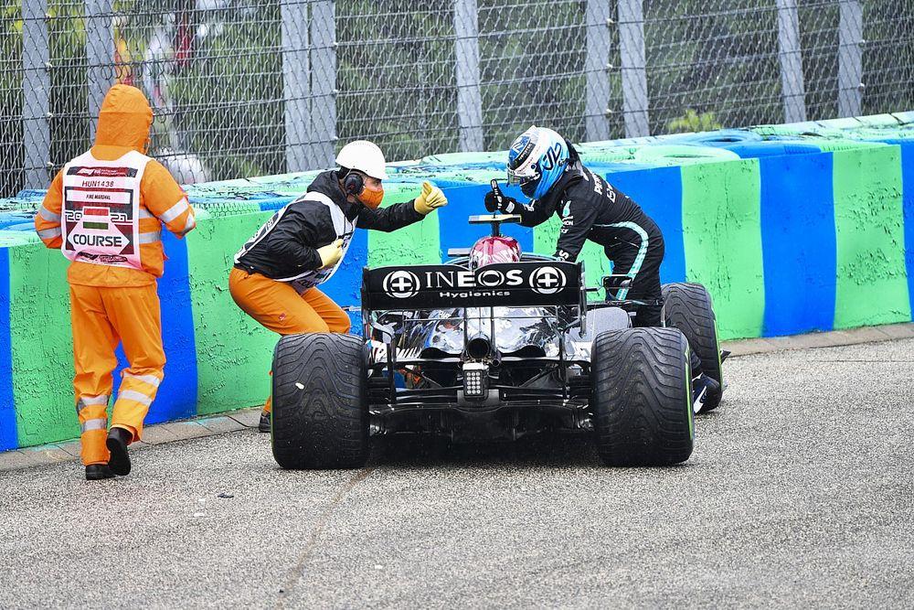Bottas son yarışlarda neden startlarda yavaş kaldığını merak ediyor