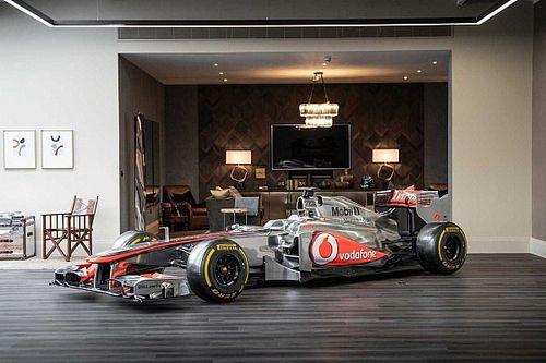 Valaki egy 2011-es Forma-1-es McLarent a nappaliba?