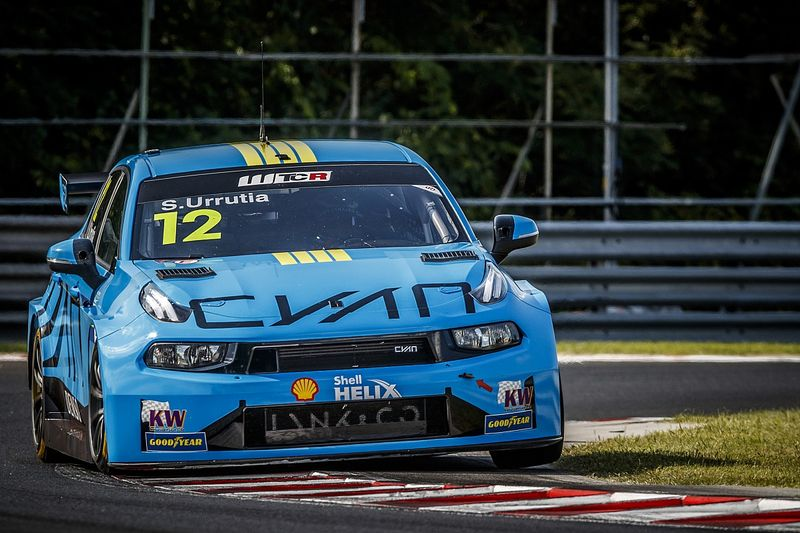 Hungary WTCR: Urrutia becomes eighth different winner from eight races