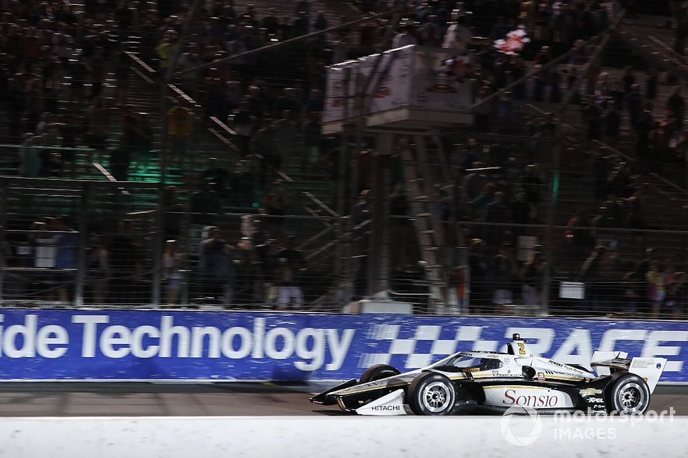 Gateway IndyCar: Newgarden wins attritional race, O'Ward assumes points lead