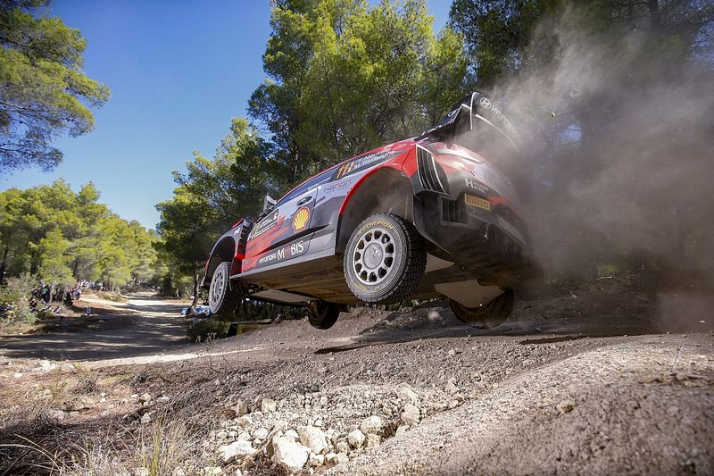 Hyundai WRC boss frustrated by recurring problems in Greece