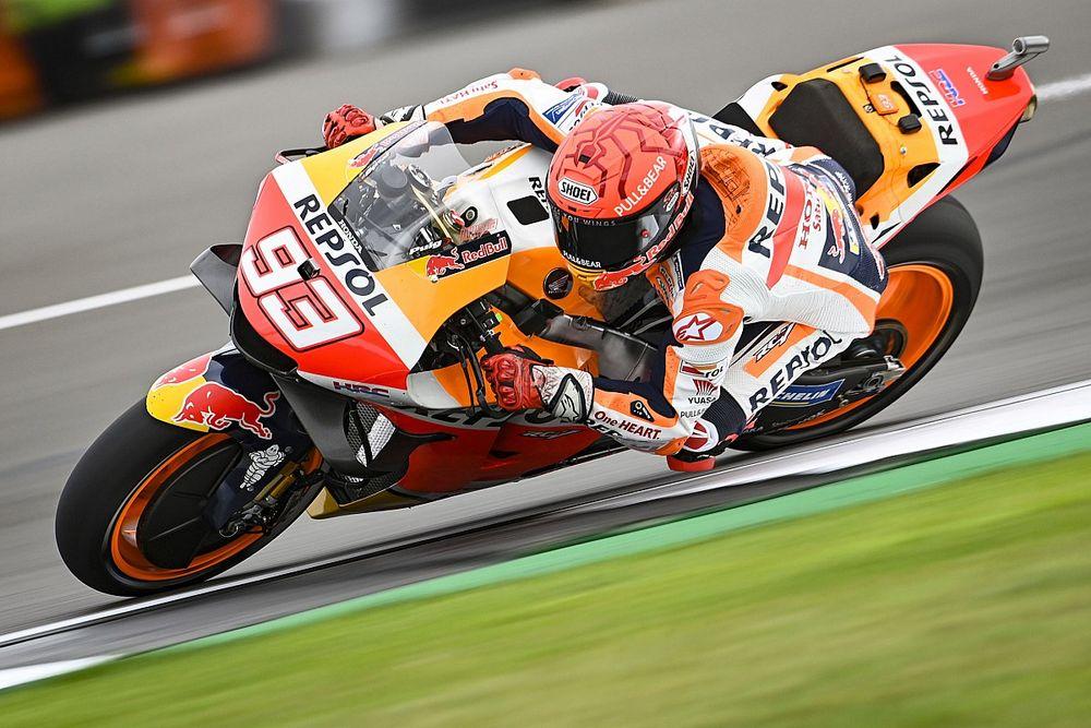 "MotoGP, Aragon, Libere 1: Marquez rifila 1"" a tutti, Rossi cade"