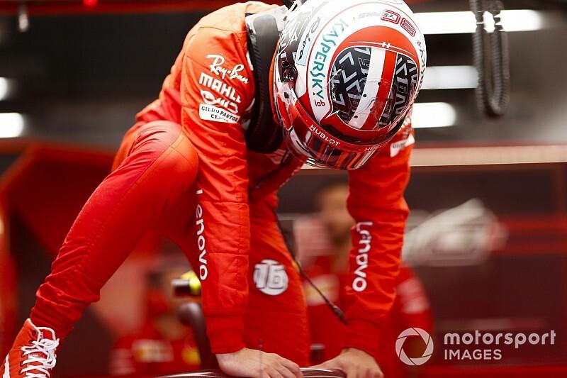 Leclerc és Hamilton is kockáztatott, a monacóinak ismét bejött