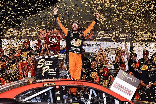 Martin Truex Jr. wins playoff opener at Las Vegas