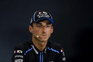 """Hamilton rasga elogios a Kubica por retorno """"notável"""" à F1"""