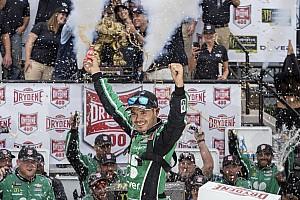 Larson vence em Dover e encerra jejum de 75 corridas na NASCAR