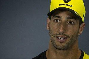 Бывший агент Риккардо потребовал с него более 10 млн фунтов за контракт с Renault