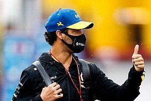 Ricciardo autója harcra kész a tegnapi nagy bukás után