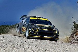 Petter Solberg testera les pneus Pirelli au Rallye de Sardaigne