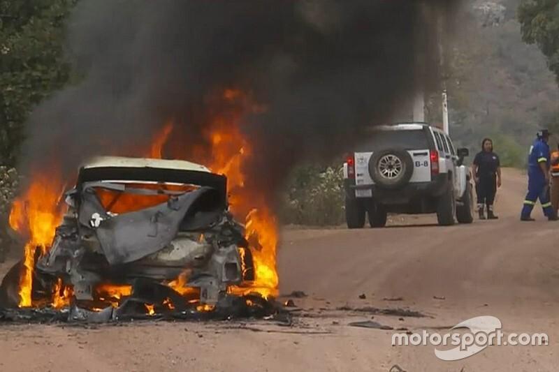 WRC: ecco la Fiesta bruciata di Lappi dopo il rogo della PS7