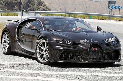 See What It's Like To Drive A 300-MPH Bugatti Chiron Super Sport