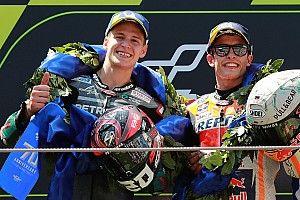 MotoGP Barcelona: Lorenzo favori isimleri düşürdü, Marquez kazandı!