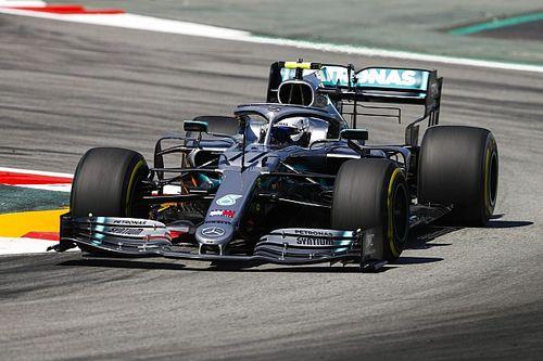 Mercedes imponeert in tweede training, Verstappen vijfde