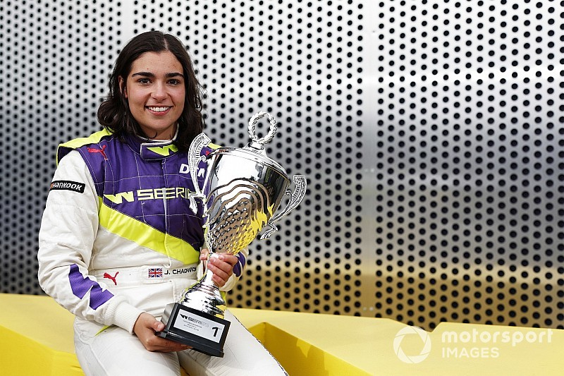 Чедвик выиграла первый чемпионат W Series