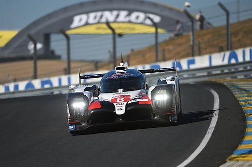 El Toyota de Alonso cierra el test colectivo de Le Mans en cabeza
