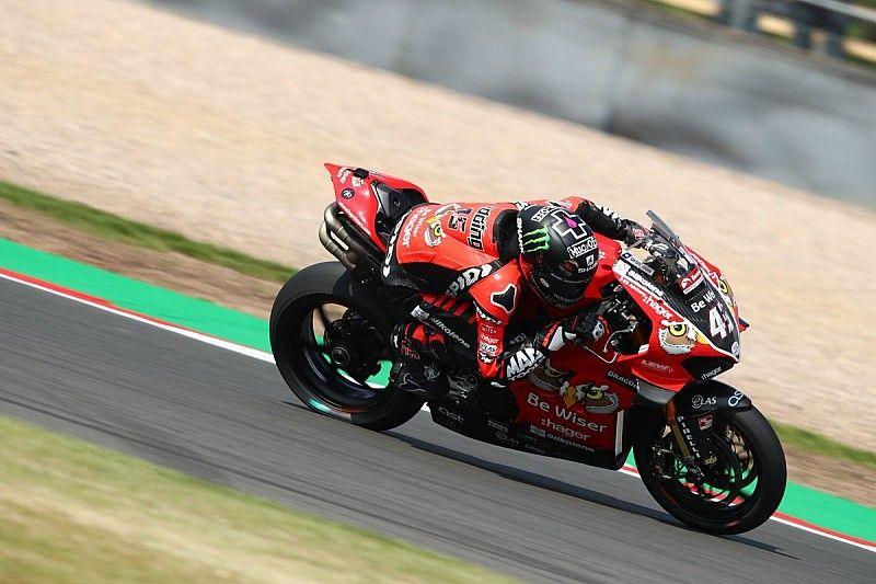 Redding scores first British Superbike win at Donington