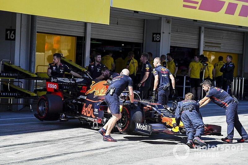Vídeo: el polémico toque entre Leclerc y Verstappen en Japón