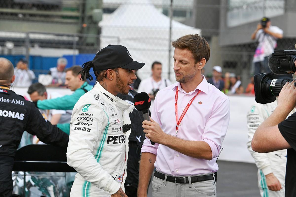 Button virtuális GT-sorozattal pótolja a versenyhiányt